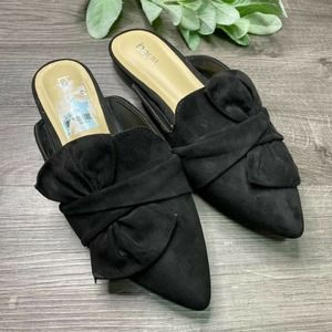 BAR III | sz 7 black Palace bow pointed toe mules